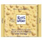 Baltas šokoladas Ritter Sport, su neskaldytais lazdynų riešutais, 100g